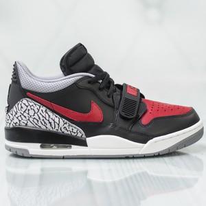 Buty sportowe Jordan z płaską podeszwą sznurowane