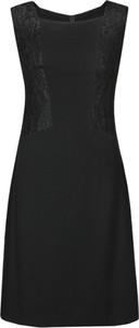 Sukienka Fokus bez rękawów z tkaniny midi