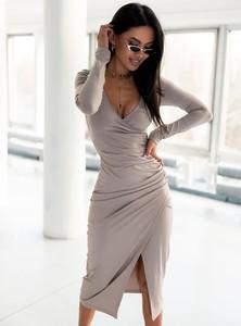 Sukienka SELFIEROOM midi w stylu casual kopertowa