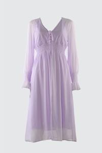 Fioletowa sukienka Trendyol midi z dekoltem w kształcie litery v