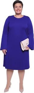 Fioletowa sukienka modneduzerozmiary.pl z długim rękawem dla puszystych midi