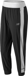 Czarne spodnie sportowe New Balance z tkaniny