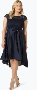 Niebieska sukienka Swing Curve z krótkim rękawem midi z okrągłym dekoltem