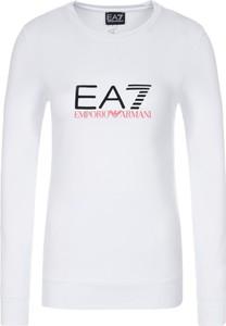 Bluzka EA7 Emporio Armani w młodzieżowym stylu