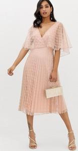 Różowa sukienka Asos
