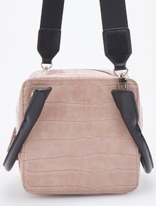 Różowa torebka Reserved ze skóry