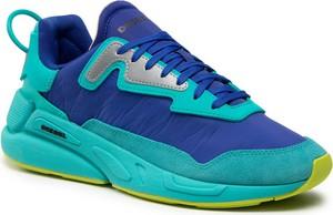 Niebieskie buty sportowe Diesel w sportowym stylu