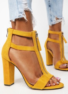 Żółte sandały DeeZee na obcasie na wysokim obcasie
