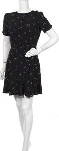 Czarna sukienka Sessun mini z okrągłym dekoltem