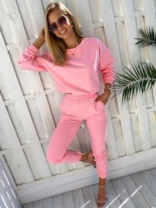 Różowy dres Ricca Fashion z dresówki