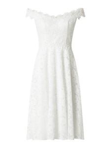 Sukienka Troyden Collection z dekoltem w kształcie litery v z satyny