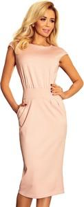 Różowa sukienka NUMOCO z okrągłym dekoltem z krótkim rękawem midi