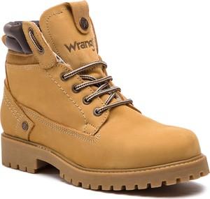 Brązowe buty zimowe Wrangler sznurowane z zamszu