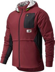 Brązowa kurtka New Balance w sportowym stylu
