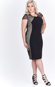 Czarna sukienka Fokus midi z okrągłym dekoltem