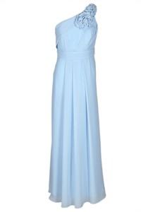 Niebieska sukienka Fokus z asymetrycznym dekoltem asymetryczna