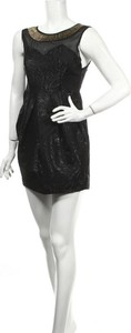 Czarna sukienka Rage z okrągłym dekoltem bez rękawów