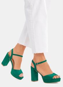 1034f7f670079 Zielone sandały DeeZee na wysokim obcasie z klamrami na słupku