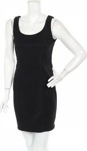 Czarna sukienka Agb mini w stylu casual