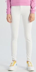 5cfb6cf2 Białe spodnie damskie, kolekcja lato 2019