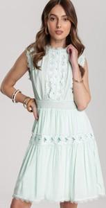 Miętowa sukienka Renee mini rozkloszowana bez rękawów