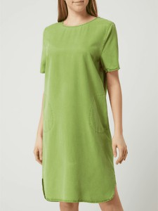 Zielona sukienka Blonde No. 8 w stylu casual z okrągłym dekoltem z krótkim rękawem
