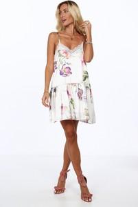 Sukienka Fasardi oversize z tkaniny