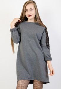 Sukienka Olika w stylu casual oversize mini