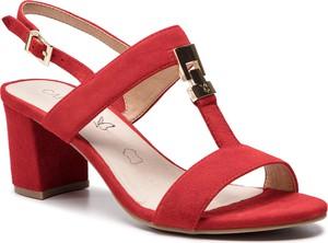 Sandały Caprice w stylu casual z klamrami na słupku