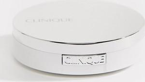 Clinique – Redness Solutions Instant Relief Mineral Pressed Powder – Mineralny puder prasowany łagodzący zaczerwienienia-Brak koloru