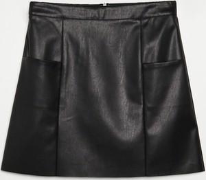 Czarna spódnica Cropp ze skóry mini