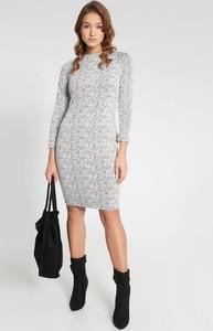 Sukienka QUIOSQUE w stylu casual mini