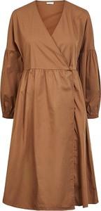 Sukienka Pieces z długim rękawem w stylu casual