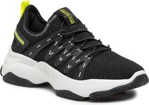 Czarne buty sportowe Dockers sznurowane