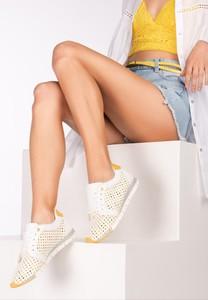 Żółte buty sportowe born2be z płaską podeszwą