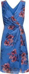 Sukienka bonprix BODYFLIRT z dekoltem w kształcie litery v mini bez rękawów
