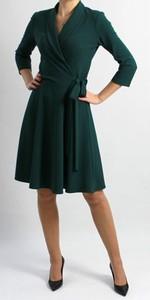 Zielona sukienka Mm Fashion z dekoltem w kształcie litery v z długim rękawem