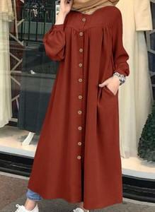 Czerwona sukienka Cikelly z kołnierzykiem koszulowa