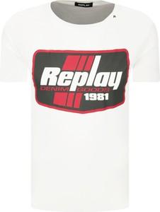 T-shirt Replay w młodzieżowym stylu
