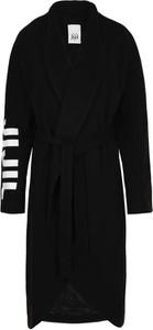 Czarny płaszcz Jijil
