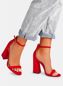 Czerwone sandały DeeZee na słupku z klamrami na wysokim obcasie