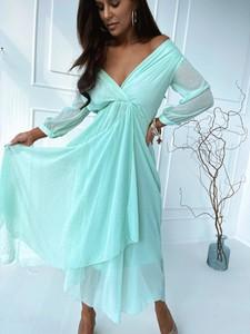 Miętowa sukienka Versada z długim rękawem maxi z dekoltem w kształcie litery v