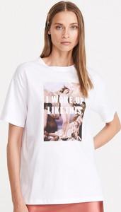 T-shirt Reserved z okrągłym dekoltem z nadrukiem