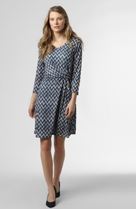 Granatowa sukienka More & More