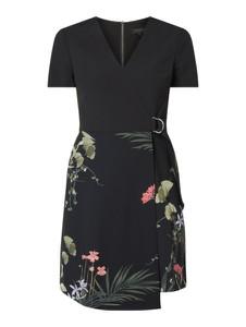 Czarna sukienka Ted Baker z krótkim rękawem