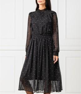 Czarna sukienka Silvian Heach z okrągłym dekoltem