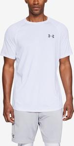 T-shirt Under Armour z krótkim rękawem w sportowym stylu