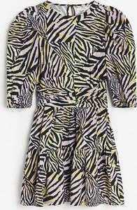 Sukienka Reserved z długim rękawem trapezowa