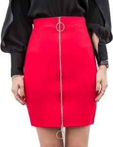 Różowa spódnica Yaze midi z tkaniny