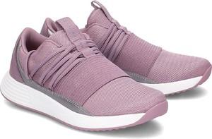 Różowe buty sportowe Under Armour w sportowym stylu sznurowane z płaską podeszwą